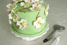 EAT: Cake Creations