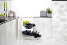 Cocinas. Soluciones de Rincón / Vamos a buscar el mejor aprovechamiento de los rincones en las cocinas para que todo sea accesible!