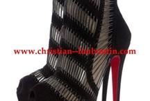 Shoes Boots / by Amanda Thompson-Mazzetti