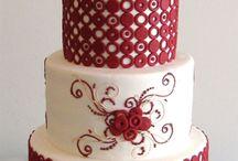 Cakes / by Danielle Thomas
