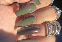 Nails & salon