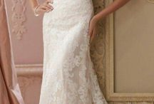 Dervla wedding dress