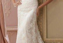 Dervla wedding dress