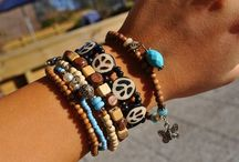 Fun Jewelry / by Gerianne Pfeiffer