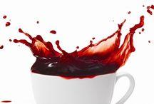"""Um Cappuccino Vermelho - Recolhas, reviews, etc. / Como diz o título, o objectivo é reunir aqui todos as resenhas, críticas, divulgações, etc. ao meu livro """"Um Cappuccino Vermelho""""."""