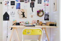 Escrivaninha/Estante
