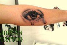 relistic eye