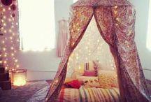 Interior lovers / Romantic bedroom