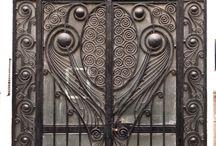 Art Deco & Nouveau