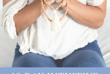 Intuition // Online Relaxation And Meditation Retreat / Benefits of meditation and relaxation to find your purpose in life. Learn to trust your self with this online course Intuition Quotes.