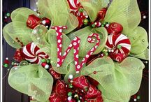 Mesh Wreath's & Bow's / by Shannon Mastrianni