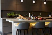 Meja pembatas dapur