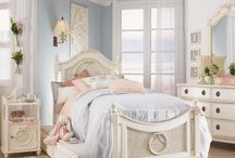Girly rooms / by Annie Olivo