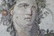 Romanesque Art, Deco and Jewellery