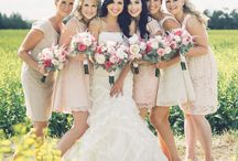 Bridesmaid Dresses and flowers / by Jana Panda