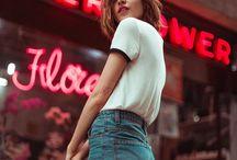 Улица девушки