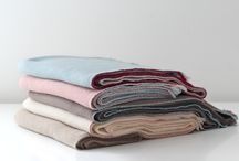 Jazz Collection / Handmade blanket 100% cashmere featuring the distinctive Teixidors profiles.
