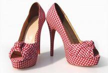 Christian Louboutin Peeptoe Shoes / Christian Louboutin Peeptoe Shoes