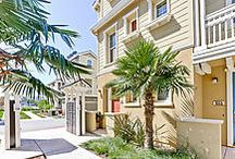 Modern 2bed/2.5 bath Redwood City Townhome / Like New! Located in 632 True Wind Way, #602, Redwood City, CA 94063. This modern corner-unit 2bed/2.5bath townhome offers comfort, style, and quick access to downtown Redwood City! High ceiling, office nook, en-suite washer/dryer, central A/C and heating system, spacious storage closet, two-car garage, and an open-concept chef's kitchen. Central location to SF, Silicon Valley, dining, shopping and summer-long festivities in downtown Redwood City.
