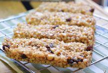 Barrinhas de cereais, biscoitos e bolachas