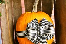 Fall/Halloween Decorating Ideas / by Lisa Woods