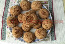 http://www.kolaylezzet.com/ / http://www.kolaylezzet.com/  yayında! Yemek ve çay saatlerinin pratik yardımcısı!  Kolay, resimli, denenmiş, güvenilir yemek ve çay saati tarifleri!
