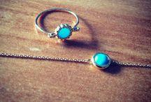 Be Jewels / Bijoux, bagues, bracelets, colliers, boucles d'oreilles.