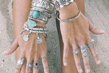 nenormálne krásne šperky / náramky a prstene