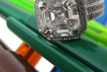 Asscher cut cubic zirconia engagement rings in solid platinum and gold @chicjewelry.com / High quality cz cubic zirconia rigs with Assher cuts
