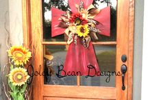 Outdoor Decor / by Karyn Bynum