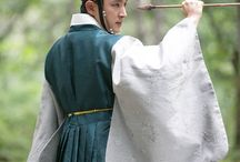 Korea Scholar who walks on night