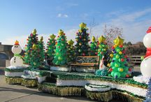 Holiday parade float / by Erika Casarano