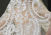 Tie the knot in Lace / Lace wedding dresses, classic gorgeousness.