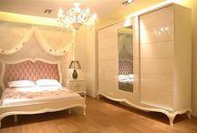 yatak odasında model