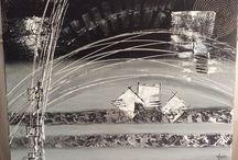 50nuances de gris / Toiles réalisée en pâte de structure sur châssis 3 D.  80/60 cm  Ton : gris anthracite , blanc, noir et argent