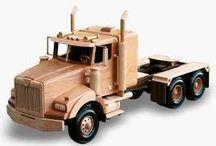 Dřevěné auta