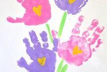 fleurs avec les mains