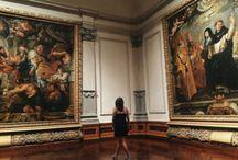 girls in galleries