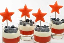 Memorial Day / 4th of July Recipes / Grill out with some delicious main and side dishes, patriotic desserts and refreshing cool drinks!