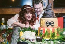 Motto-Hochzeit / Hier findet ihr Inspirationen, wie sich ein spezielles Hochzeitsmotto umsetzen lässt und welche schönen Hochzeitsmottos es gibt.