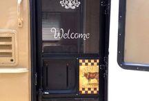 Trailer Reno/Decor Idea's / Idea's for decor, storage & trailer reno's in horse trailer, cargo, holiday, etc..