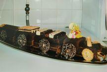 Gâteaux d'anniversaire / Mon défi pour les anniversaires de mes enfants ? Les gâteaux J'aime qu'ils collent au thème choisi et qu'ils sortent de l'ordinaire. C'est mon challenge... et ils adorent
