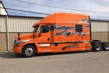 Bolt Sleeper Exteriors / Bolt Custom Trucks offers luxury sleepers for expedite trucks and tractor trailers. www.boltcustom.com
