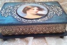 Κουτιά ντεκουπάζ!   Decoupage boxes! / Boxes with the technique of decoupage! Ξύλινα κουτιά με την τεχνική του ντεκουπάζ! https://www.facebook.com/artedideco/ https://www.facebook.com/pg/artedideco/photos/?tab=album&album_id=431916393607908