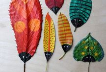 Bug Crafts / Creepy crawly bug and insect themed arts and crafts projects.