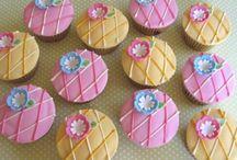 cupcakes / by Célia Mbp
