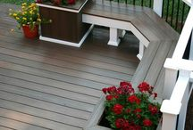 Outdoor yard & deck