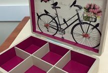 Decoupage partition box