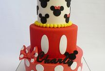 Cakes / by Laura Padgett