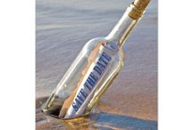Beach Wedding Invitations in a Bottle / Cool beach wedding invitations message in a bottle, save the date.